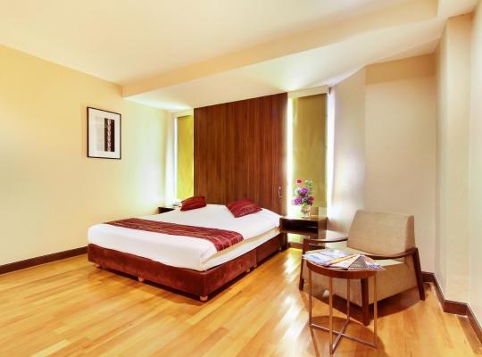 Otel fotoğrafları: Bally Suite Silom
