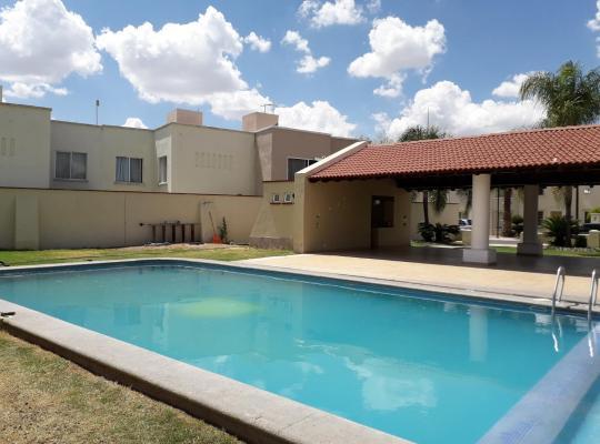 Foto dell'hotel: Casa muy comoda en coto privado
