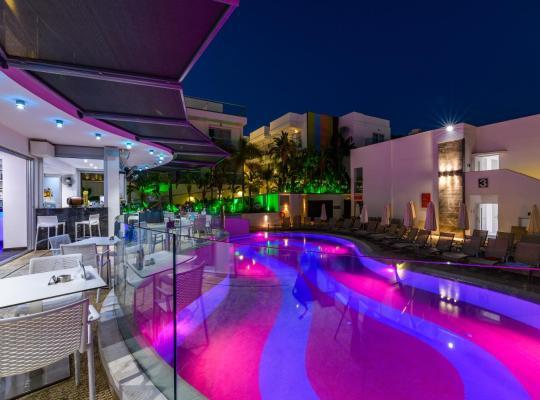 Hotel foto 's: Tasia Maris Oasis