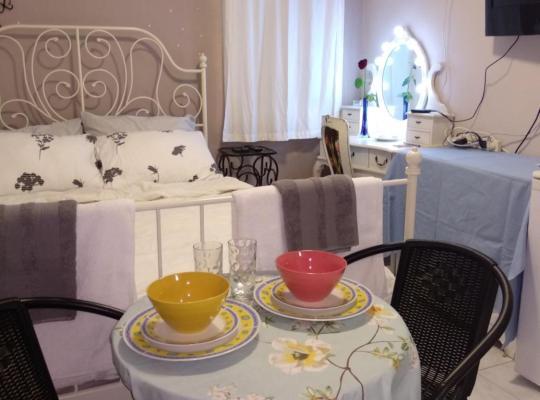 Otel fotoğrafları: Designed Luxury room near TLV