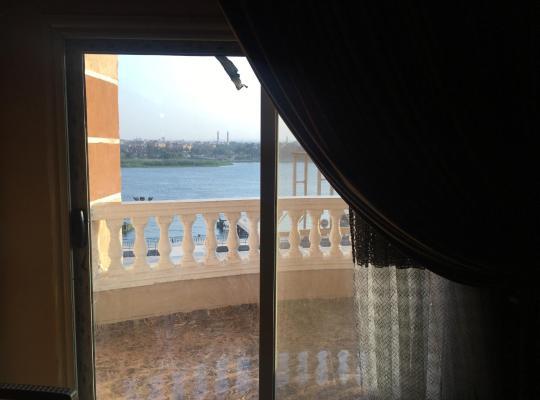 Хотел снимки: Corniche El Nile Apartment