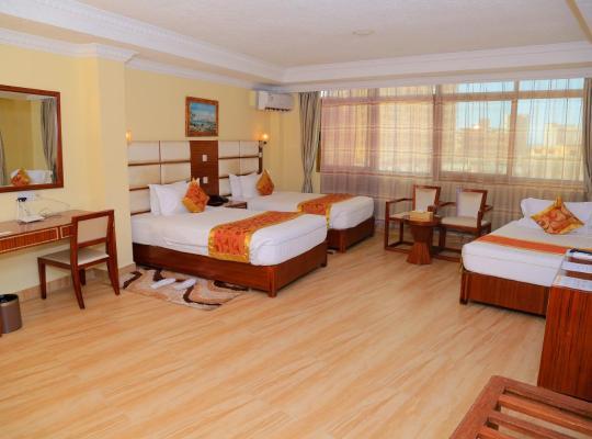 호텔 사진: Tiffany Diamond Hotel Indira Gandhi Street