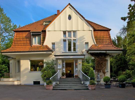होटल तस्वीरें: Hotel Villa Meererbusch