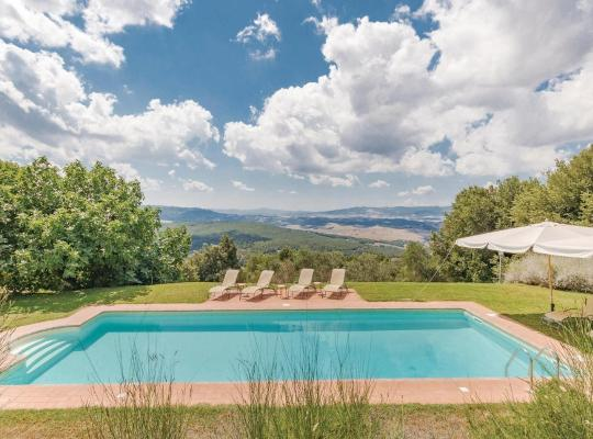 Hotel bilder: Four-Bedroom Holiday Home in Gambassi Terme -FI-