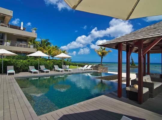 Hotel photos: Bon Azur Beachfront Suites & Penthouses by LOV