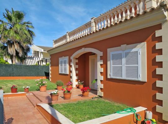 Fotos de Hotel: Ferienhaus Alcudia 180S
