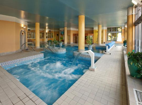 Képek: Ashdown Park Hotel