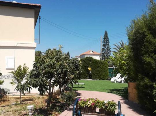 Hotel bilder: Webooking Garden House 2