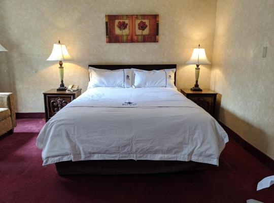 Хотел снимки: Royal Inn and Suites at Guelph
