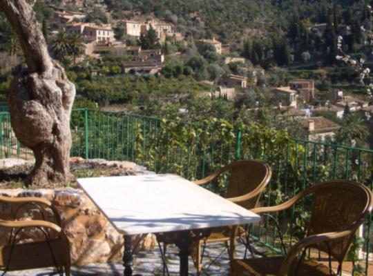 Фотографии гостиницы: Hostal Villa Verde