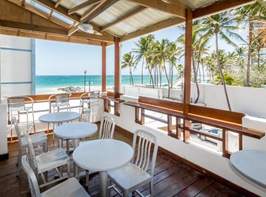 酒店照片: Sandy Beach Hotel