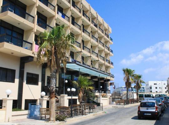 Фотографії готелю: Canifor Hotel