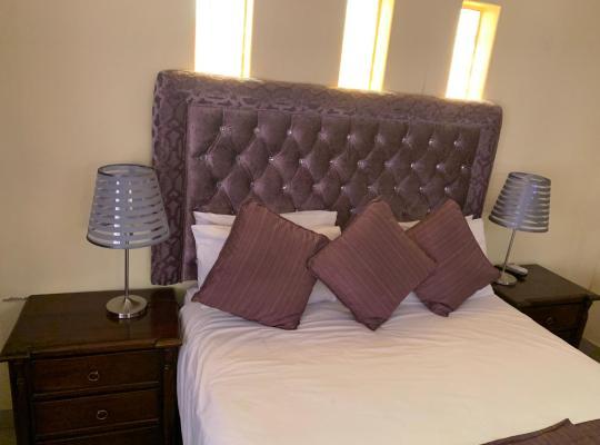 Φωτογραφίες του ξενοδοχείου: GaMalatjie Guesthouse