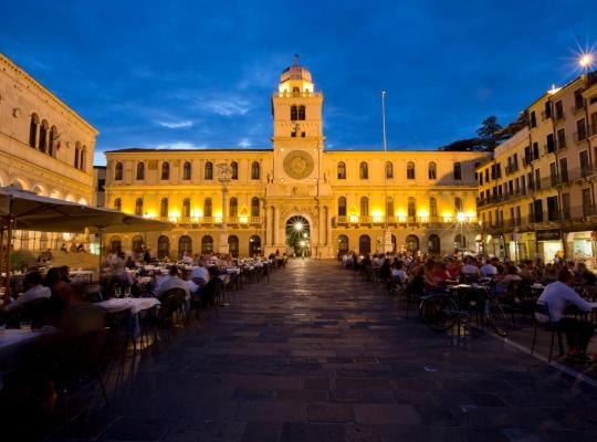 صور الفندق: Diamantino Town House