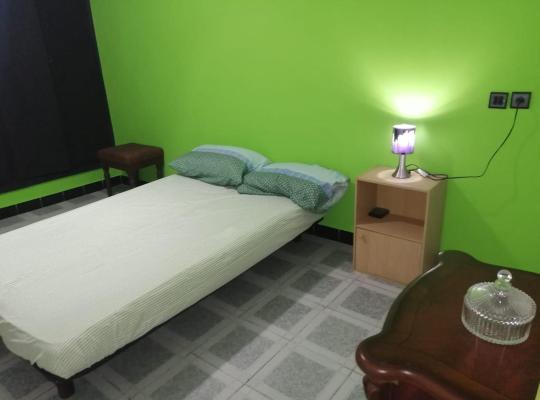 Otel fotoğrafları: Chambre privée