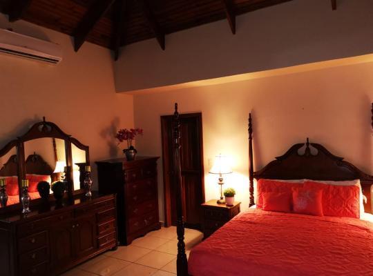 Viesnīcas bildes: Las Colinas Apartament