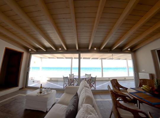 Foto dell'hotel: Patras Luxury Seaside House