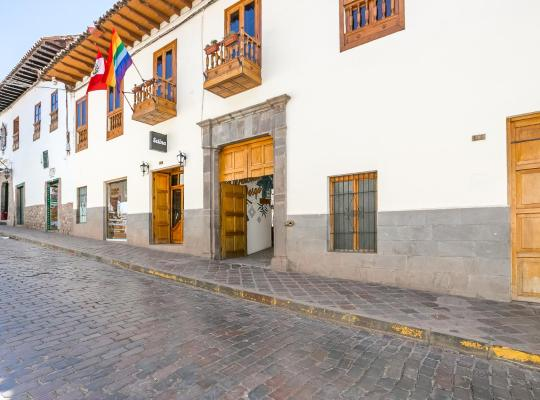 Хотел снимки: Selina Plaza De Armas Cusco