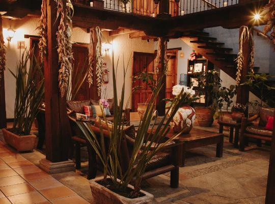 Φωτογραφίες του ξενοδοχείου: Docecuartos Hotel