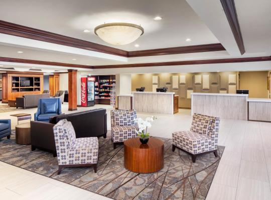 Фотографии гостиницы: DoubleTree by Hilton Cleveland South