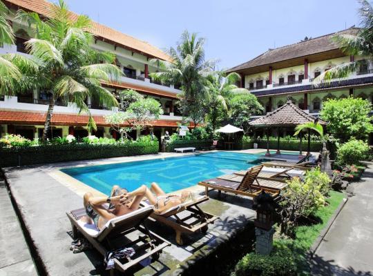 ホテルの写真: Bakung Sari Resort and Spa