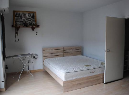 Фотографии гостиницы: บ้านพักหลักสอง