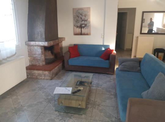 תמונות מלון: Διαμέρισμα ρετιρέ 2 υπνοδωματίων 90 τμ στον Άγιο Δημήτριο