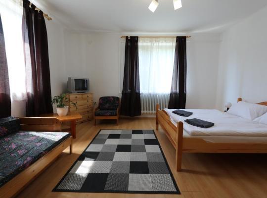 Fotos de Hotel: Répáshutai Vendégház