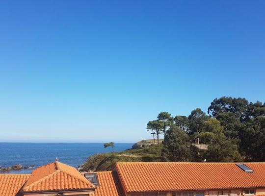 Photos de l'hôtel: Precioso apartamento con vistas al mar y la montaña