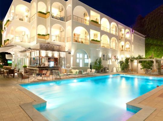 Hotel photos: Kronos Hotel