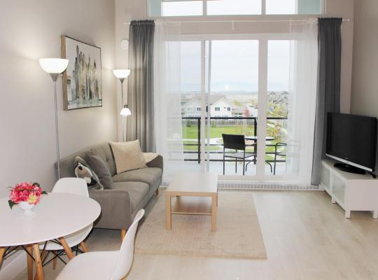 Foto dell'hotel: 1 bed + Den Penthouse with Sea and Mountain views