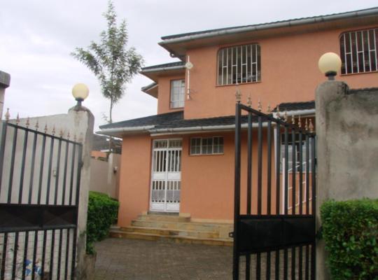 Fotos do Hotel: Enaiposha Keper Residence-Maisonnate