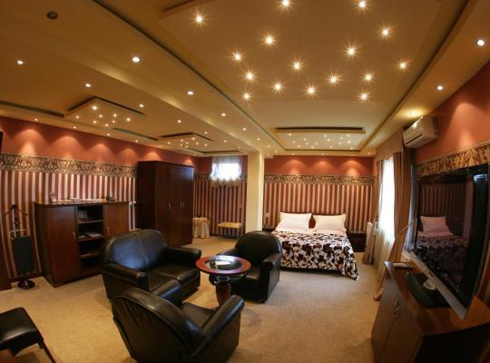 Hotel photos: Garni Hotel Garson-Lux NS