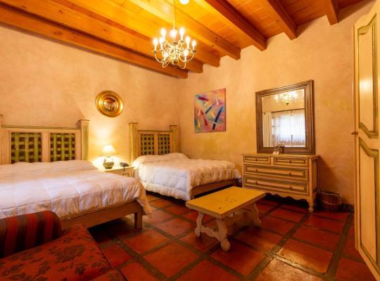 होटल तस्वीरें: Casa Magica