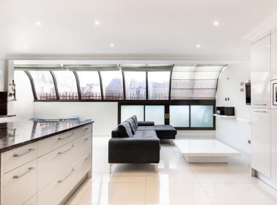 Viesnīcas bildes: modern and warm flat