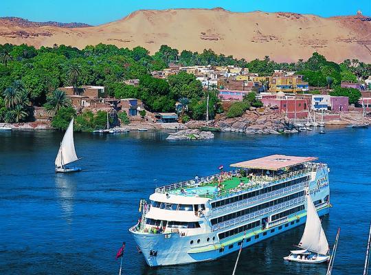 Φωτογραφίες του ξενοδοχείου: SUNRISE Mahrousa Cruise