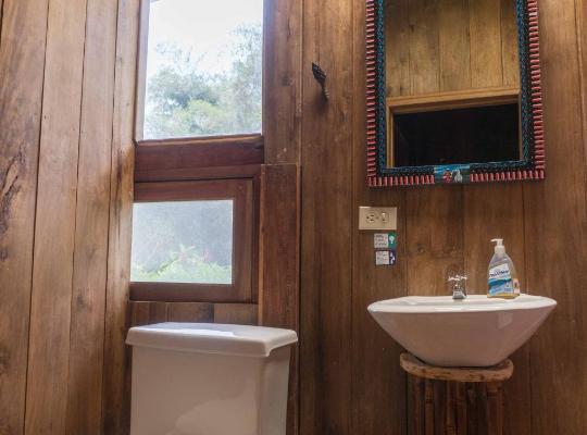 Φωτογραφίες του ξενοδοχείου: El Abrazo del Arbol - Farm Eco Lodge