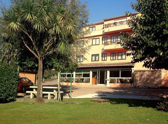 Hotel photos: El Retiro