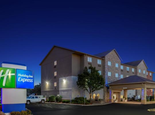 호텔 사진: Holiday Inn Express Hotel & Suites Exit I-71 Ohio State Fair - Expo Center