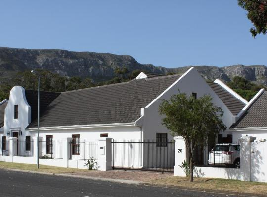 Hotel photos: Hermanus Dorpshuys Guesthouse