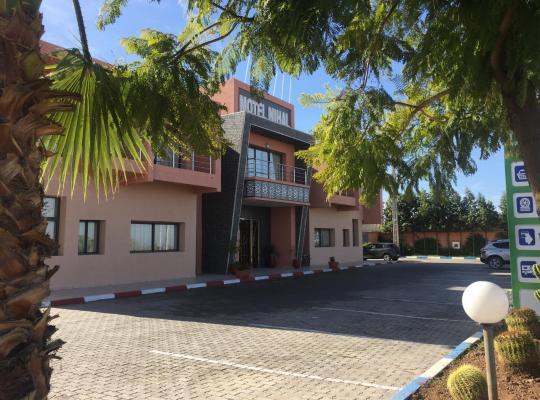 Otel fotoğrafları: Hôtel Nihal