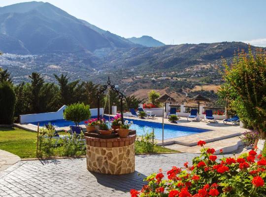 Otel fotoğrafları: Hotel Rural Cortijo de Salia