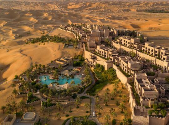 Fotografii: Anantara Qasr al Sarab Desert Resort