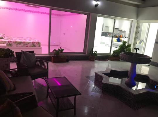 Hotel bilder: Luxe appartement vc grand terrasse ( villa )