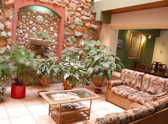Hotel foto: Hotel Alsacia