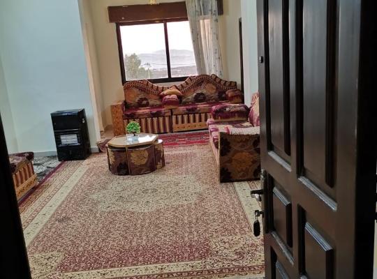 "होटल तस्वीरें: Jerash Gate "" Special view """