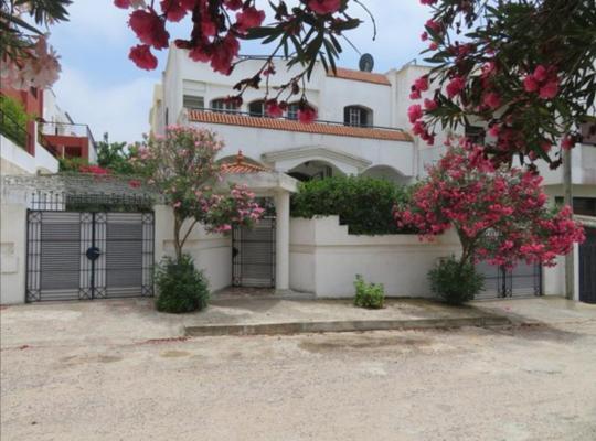 ホテルの写真: Villa Mehdia Plage