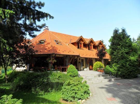 Φωτογραφίες του ξενοδοχείου: Napkorong Fogadó és Vendégház