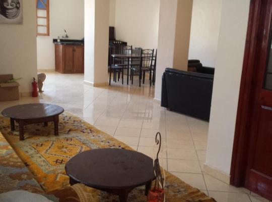 Otel fotoğrafları: RAJA