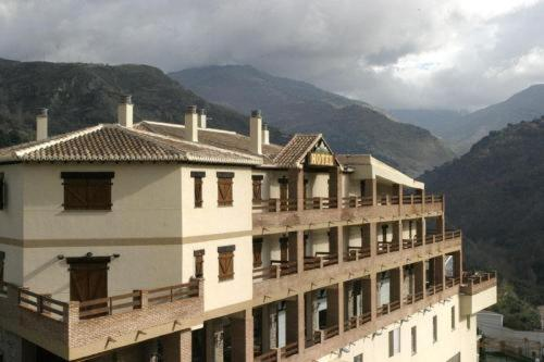Photos de l'hôtel: Hotel Rural Mirasierra